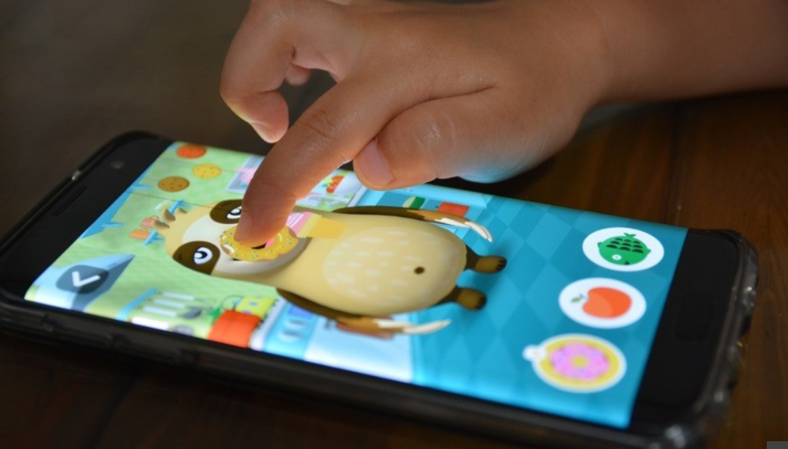 How big bad ads target your kids through apps
